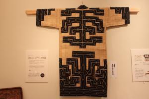 アイヌ民族衣装