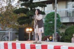 太田小卒業生でシンガーソングライターの「りとるさん」