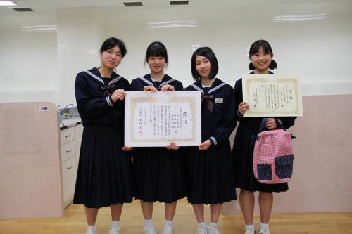 左から、高橋茉由さん、額賀美佳さん、横瀬結衣さん、成田真子さん