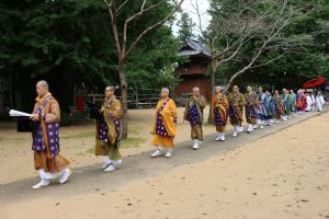 『僧侶20人による行列』の画像