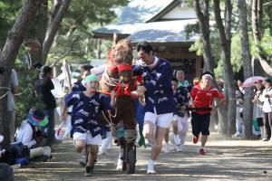『子どもが曳くにわか馬』の画像