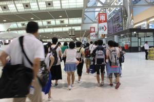 『27年度中学生海外派遣研修成田空港その2』の画像
