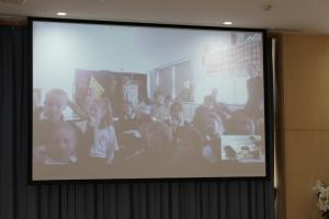 『北浦小 スカイプで国際交流4』の画像