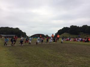 『リレーマラソン低学年出発』の画像