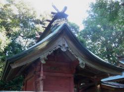 中根八幡神社本殿
