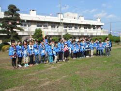 旧太田小学校で集合写真